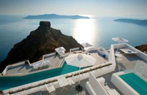 Hotel con piscina infinita