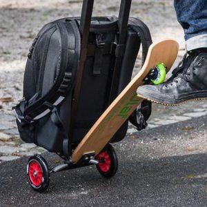 Gadget de viaje patineta y maleta