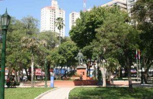 Plaza Uruguaya en el Centro Histórico de Asunción