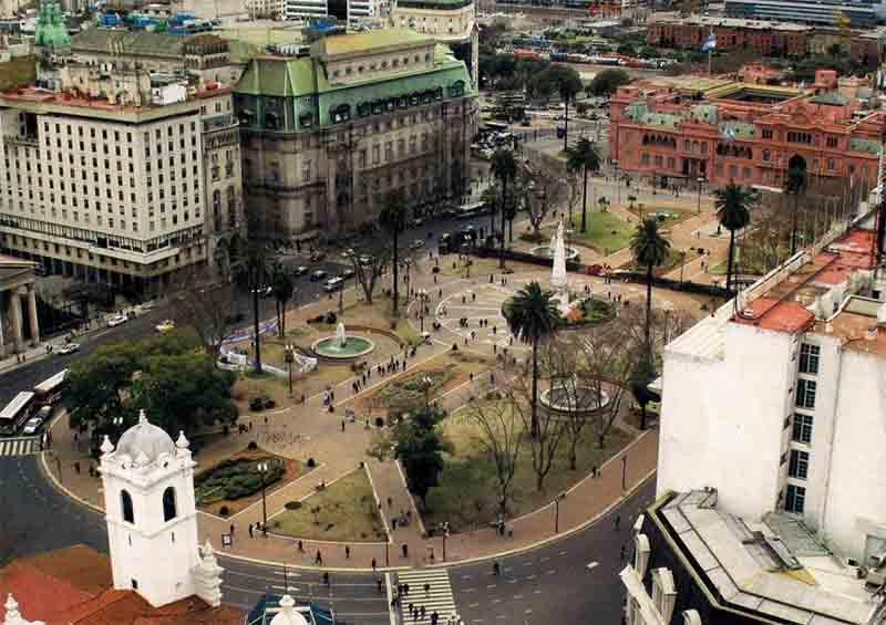 Centro Histórico de Buens Aires, Plaza de Mayo