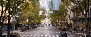 La Avenida de Mayo, en el Centro Hist'orico de Buenos Aires.