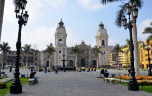 Plaza Mayor en el centro histórico de Lima