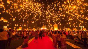 Yee-Peng-faroles-al-aire-viaje a tailandia