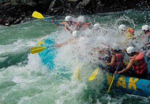 ola grande en rafting