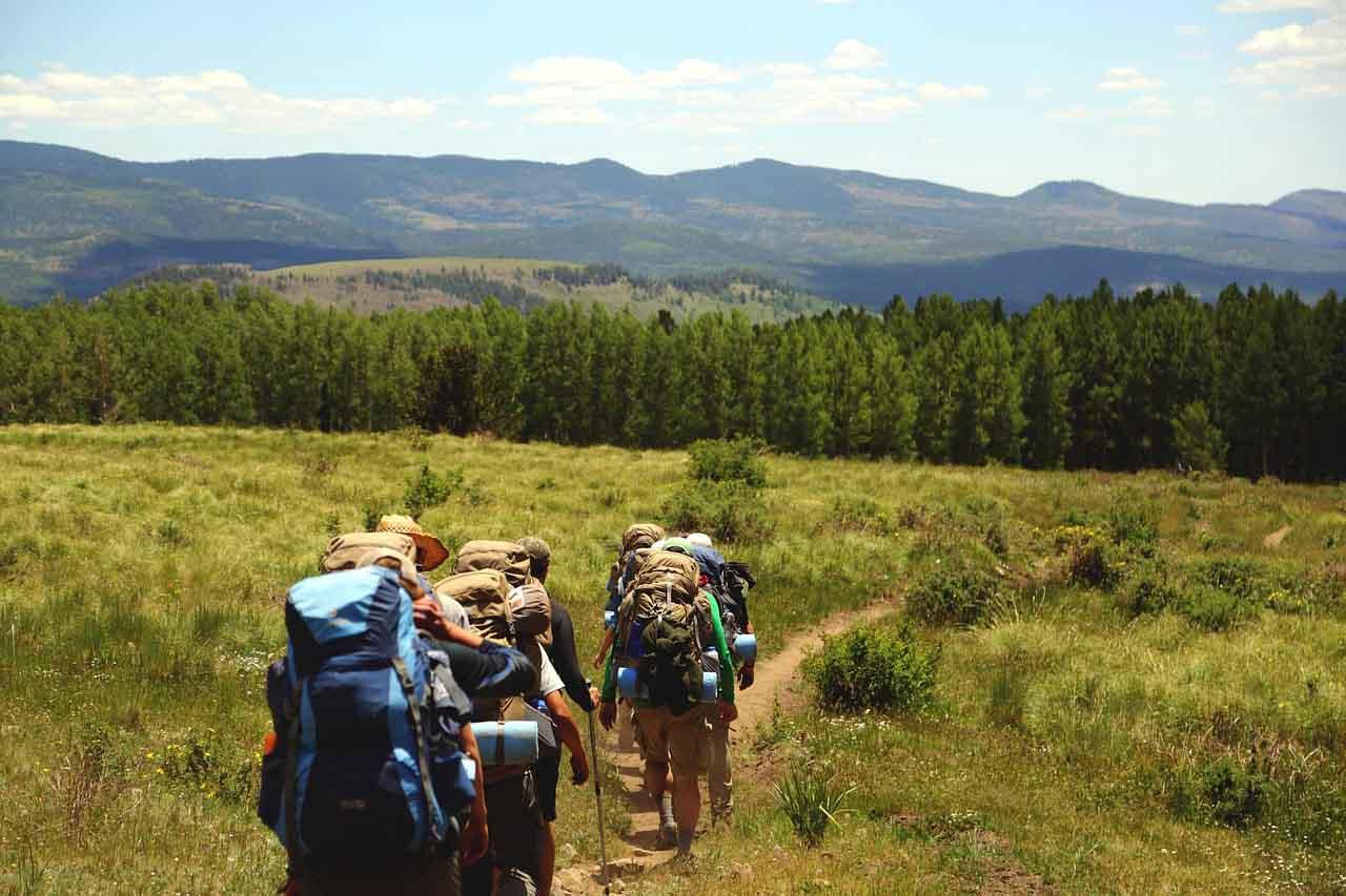 turismo de aventura senderismo hikking